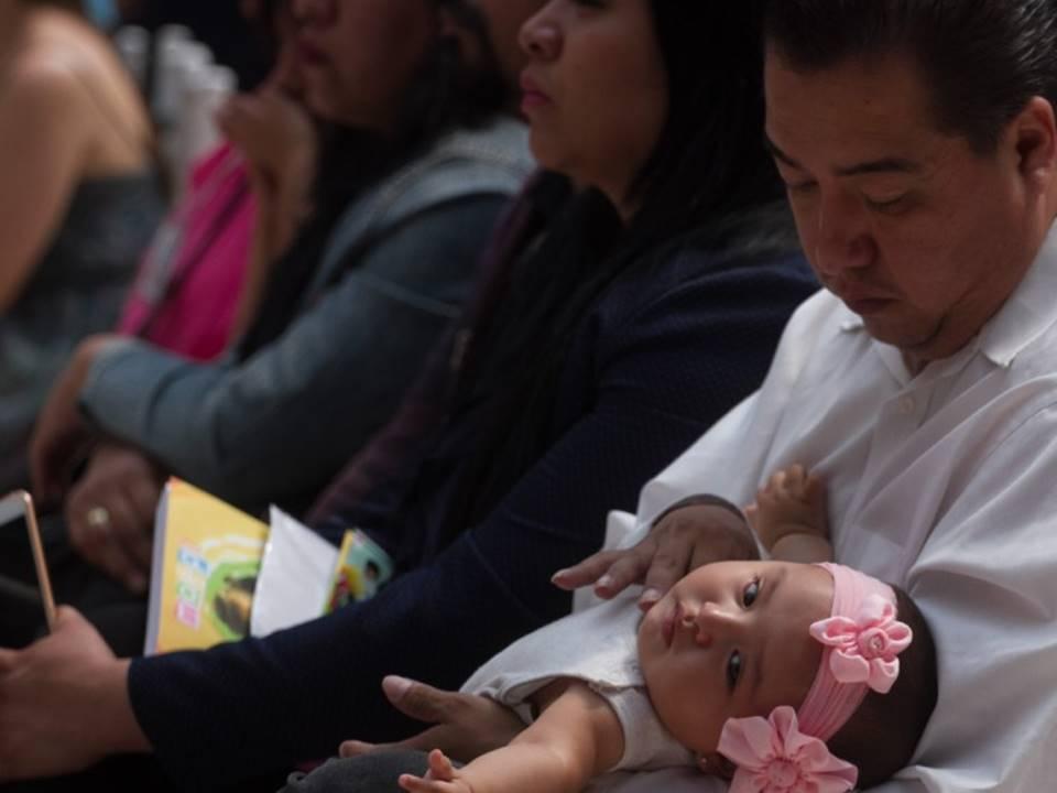 Proponen licencia de paternidad de 45 días con goce de sueldo