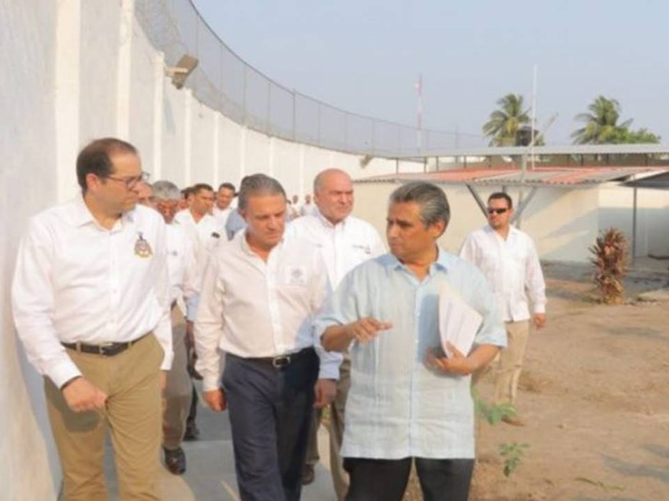 Emite la CNDH recomendación a Colima  Por las condiciones de penal femenil