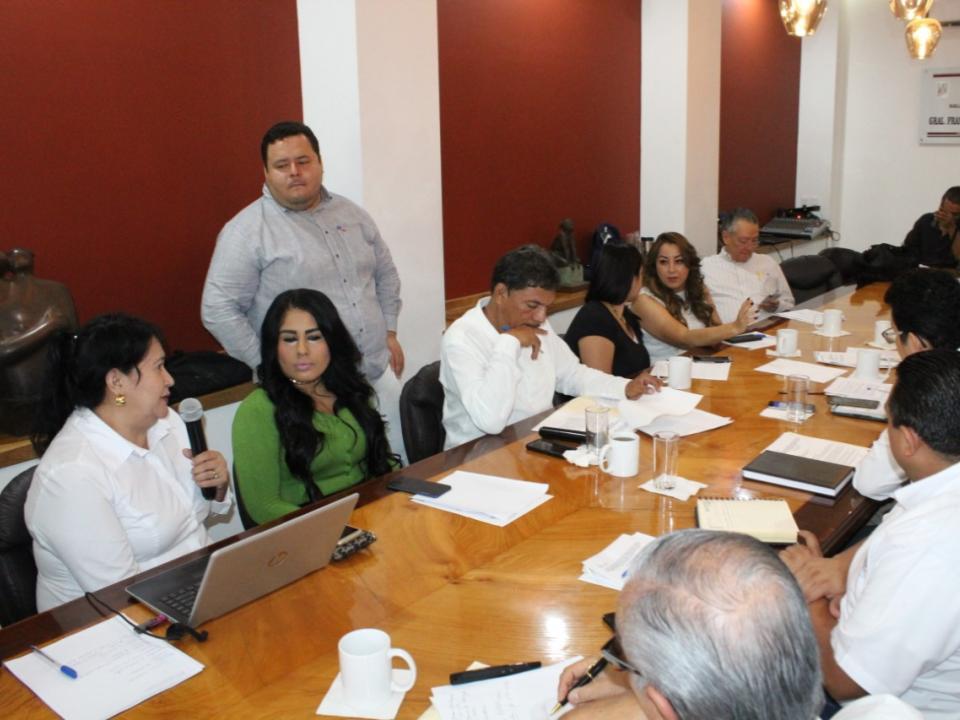 Autoridades informan al Congreso del Estado sobre lagunas de oxidación en Minatitlán