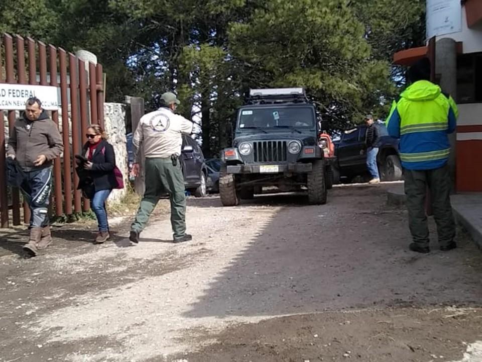 ¡Abierto el Nevado de Colima!; solo permitirán ascender a 200 vehículos por día