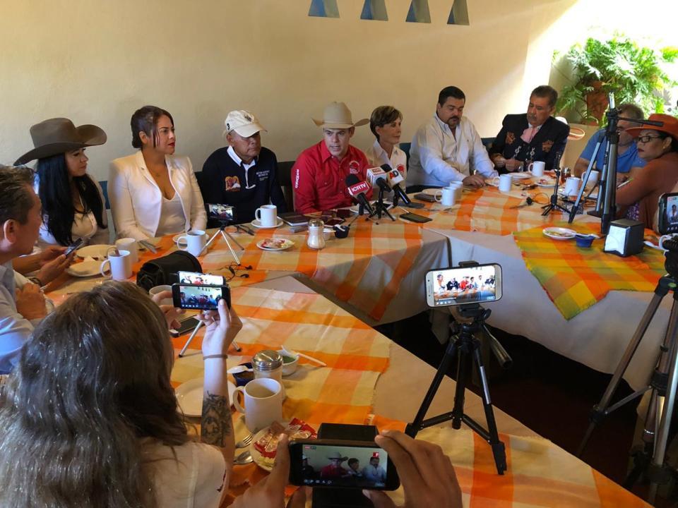 Romero Coello afirma que seguirá al servicio de Colima