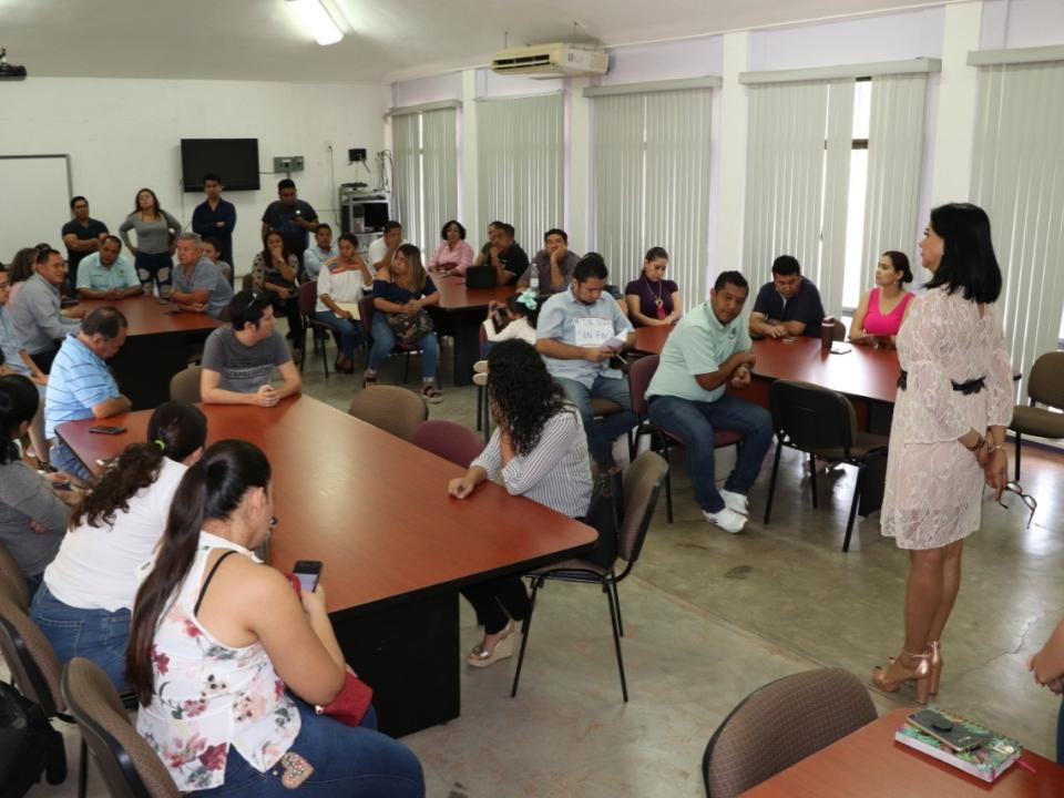Aclara SE dudas y desinformación a  docentes de Emsad y Telebachillerato