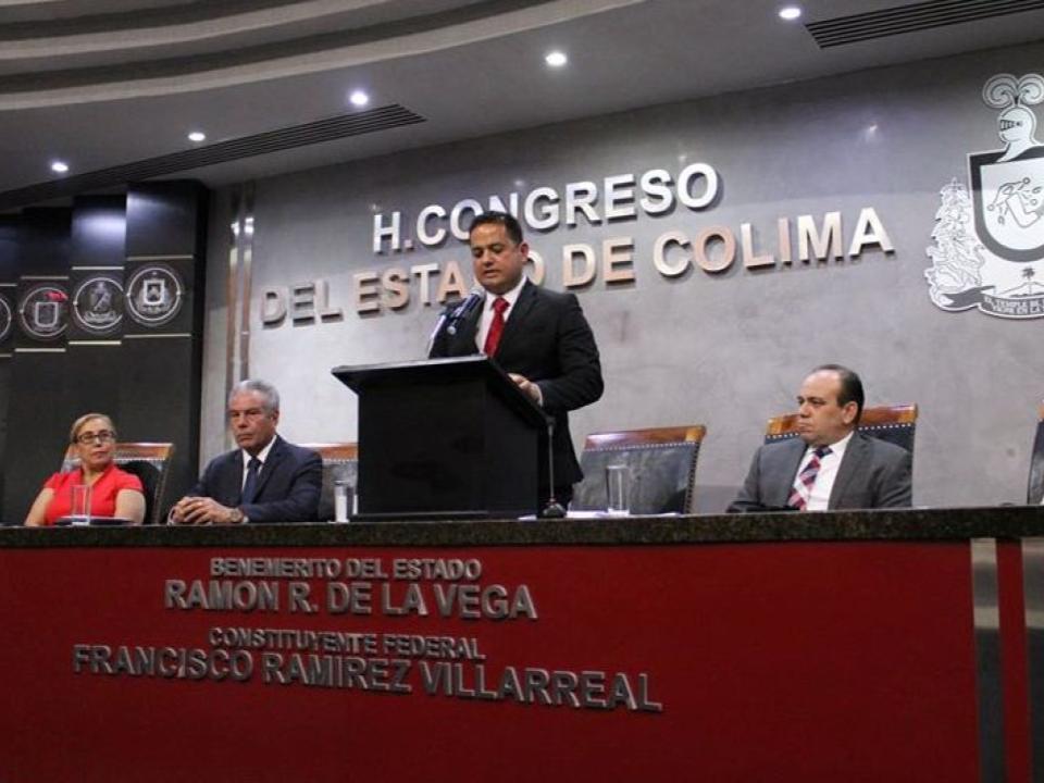 México es hoy una nación libre con equilibrio de poderes: Carlos Farías