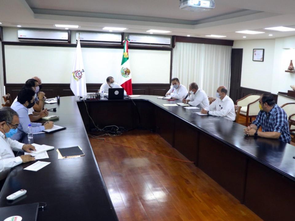 Gobernador se reúne con CFE, pide  resarcir daño generado a Laguna