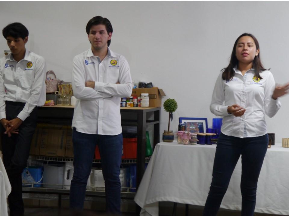 """Estudiantes del Tec de Colima retroalimentan su proyecto CICLO """"Posibilidades infinitas"""" rumbo al ENEIT 2018"""