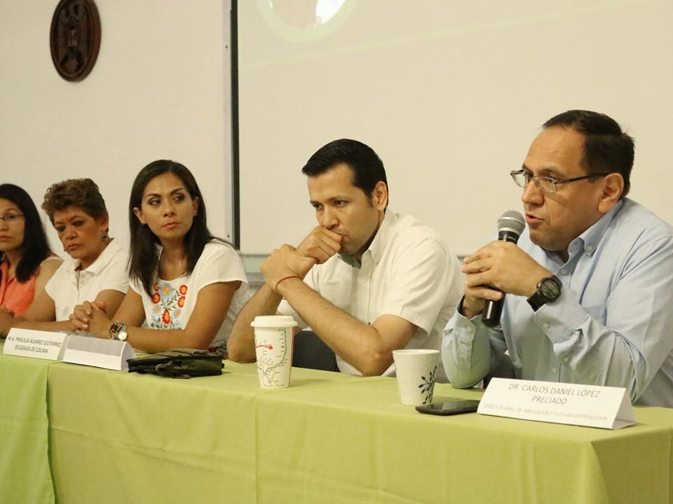 Capacitan a profesores de Bachillerato  en modelo nacional de emprendedores