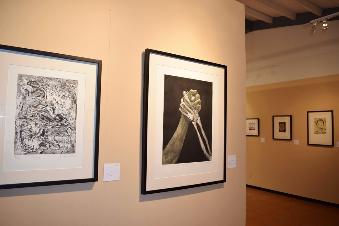Sala José Luis Cuevas promueve colección  gráfica de más de 3 mil piezas en la entidad