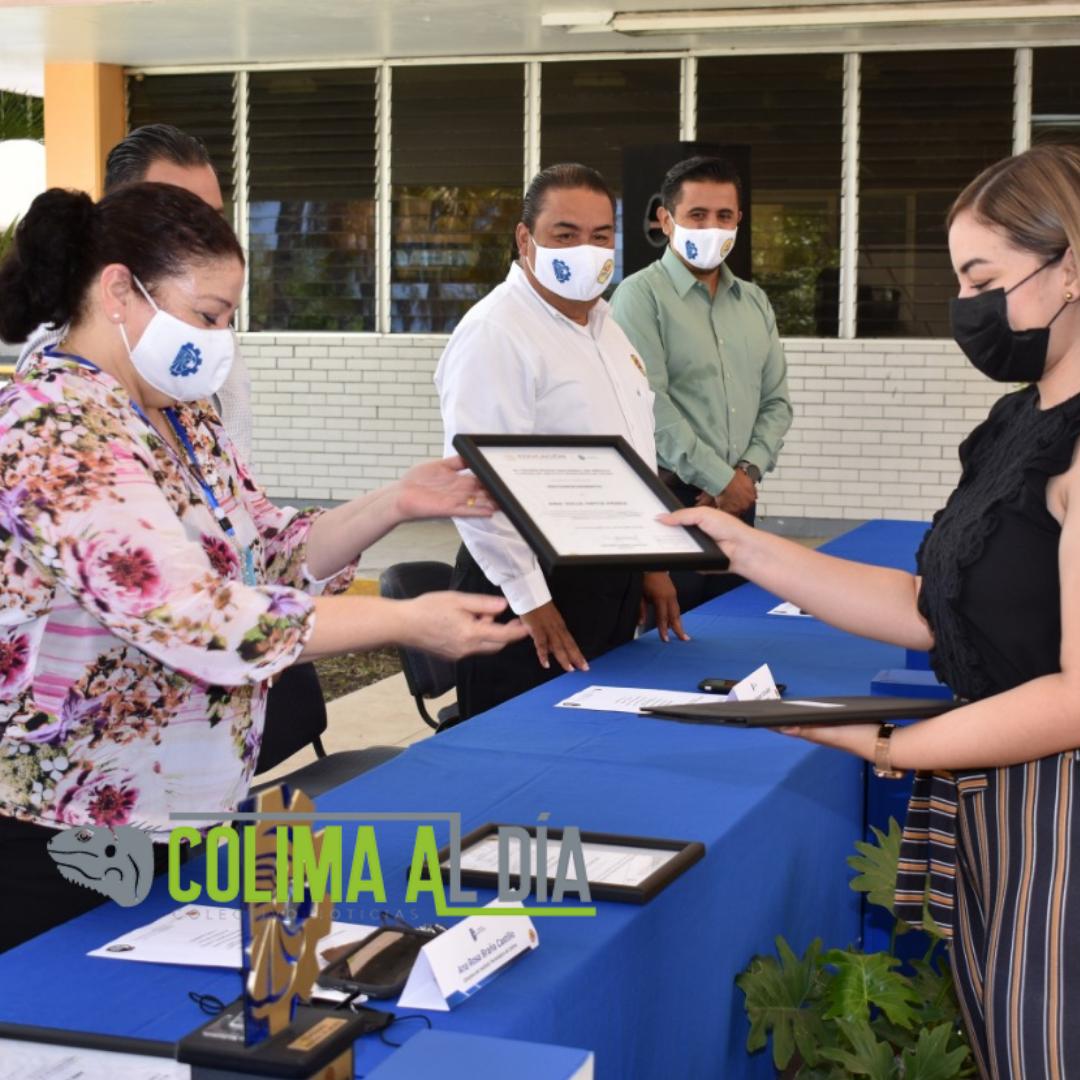 Reciben reconocimiento los mejores promedios del egreso febrero 2021 del Tec de Colima