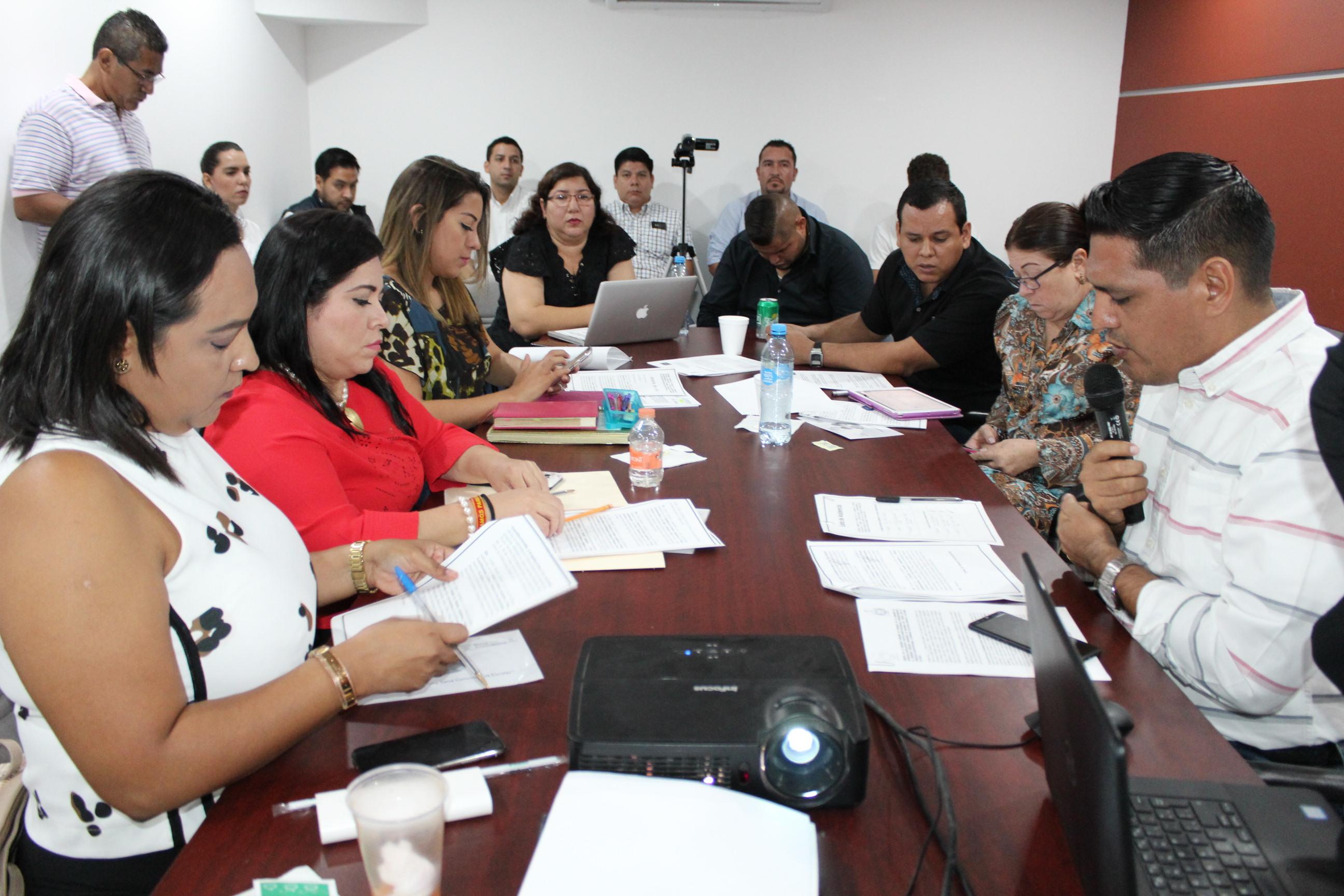 En comisiones aprueban dictamen para eliminar el fuero constitucional