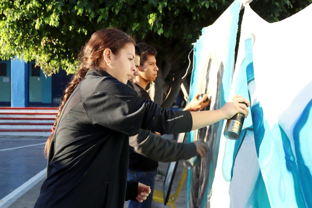 Lleva Sejuv talleres de graffiti y breakdance  a la semana cultural del Instituto Fray Pedro