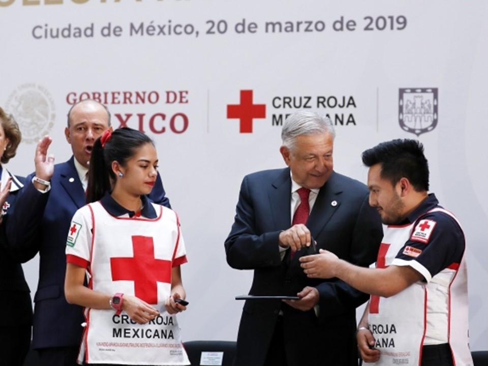 López Obrador convoca al pueblo a la solidaridad para apoyar a Cruz Roja