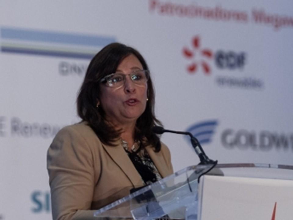 """Pemex administrará recursos de refinería, no se dará """"cheque en blanco"""""""