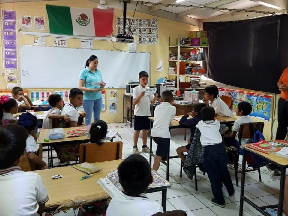 """Promueve IEE Colima valores democráticos en escuelas primarias con programa """"Sembrando Valores"""""""
