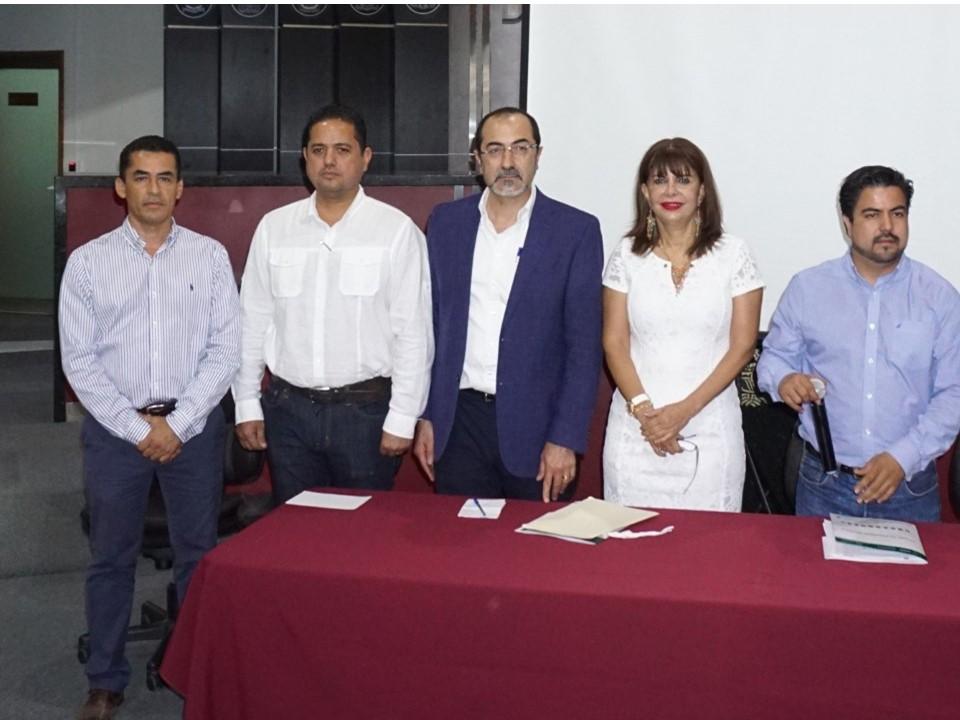 Exhorta Claudia Yáñez a los ayuntamientos a no comprometer sus finanzas