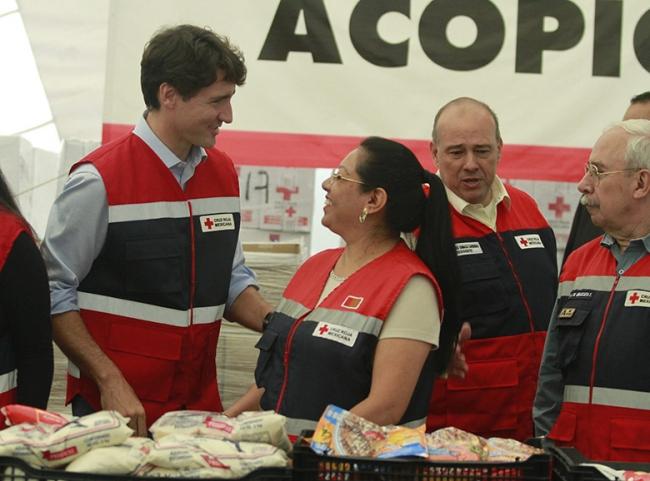Visita Primer Ministro de Canadá Centro de Acopio de la Cruz Roja
