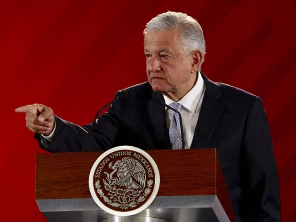 Suena alerta sísmica en Palacio Nacional durante conferencia de López Obrador