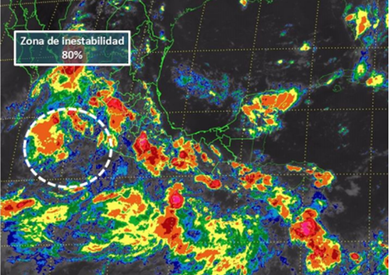 Zona de baja presión a 225 km de Manzanillo, mantiene 80% de potencial para desarrollo ciclónico