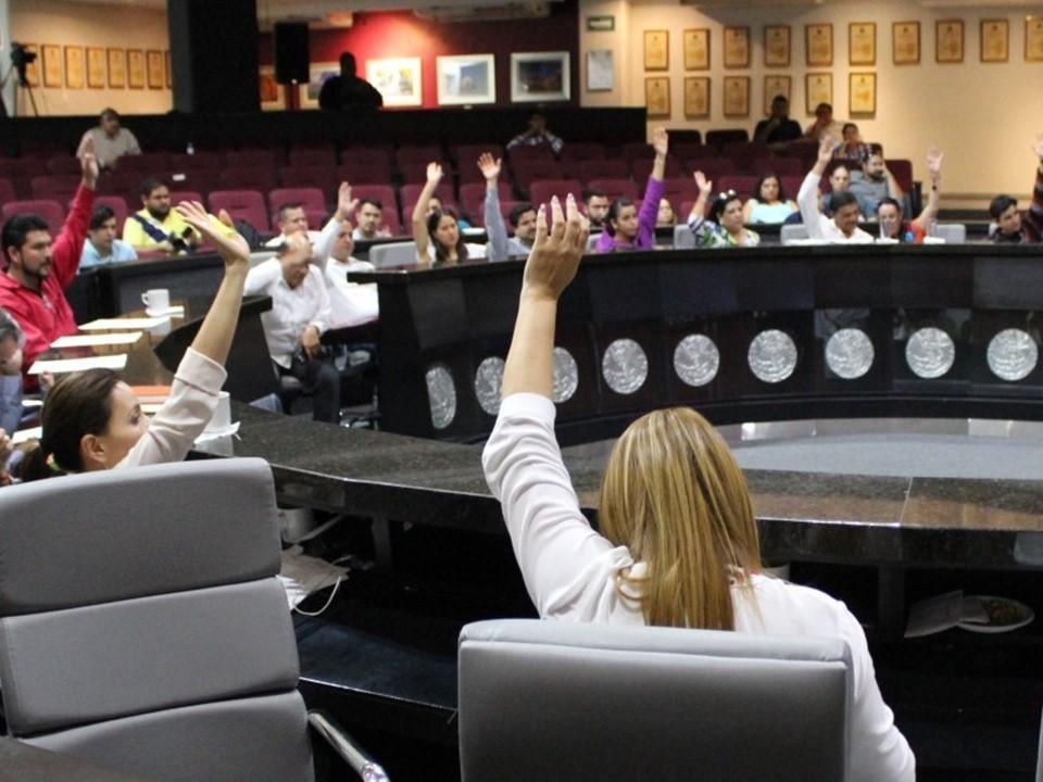 Congreso aprueba la destitución de los Magistrados del Tribunal  Administrativo