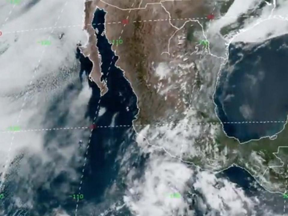 Se desarrolla tormenta tropical frente  a la costa de Michoacán; afectará a Colima