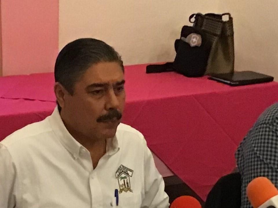 Miente Eduardo Camarena, hay denuncias en su contra y afectará Manzanillo como lo hizo con Colima: León Alam