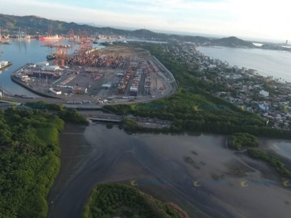Proyecta la SCT extender el puerto de Manzanillo hacia Cuyutlán