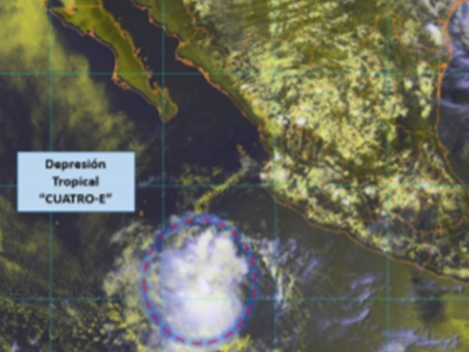 """Esta tarde se ha formado la depresión tropical """"CUATRO-E"""""""